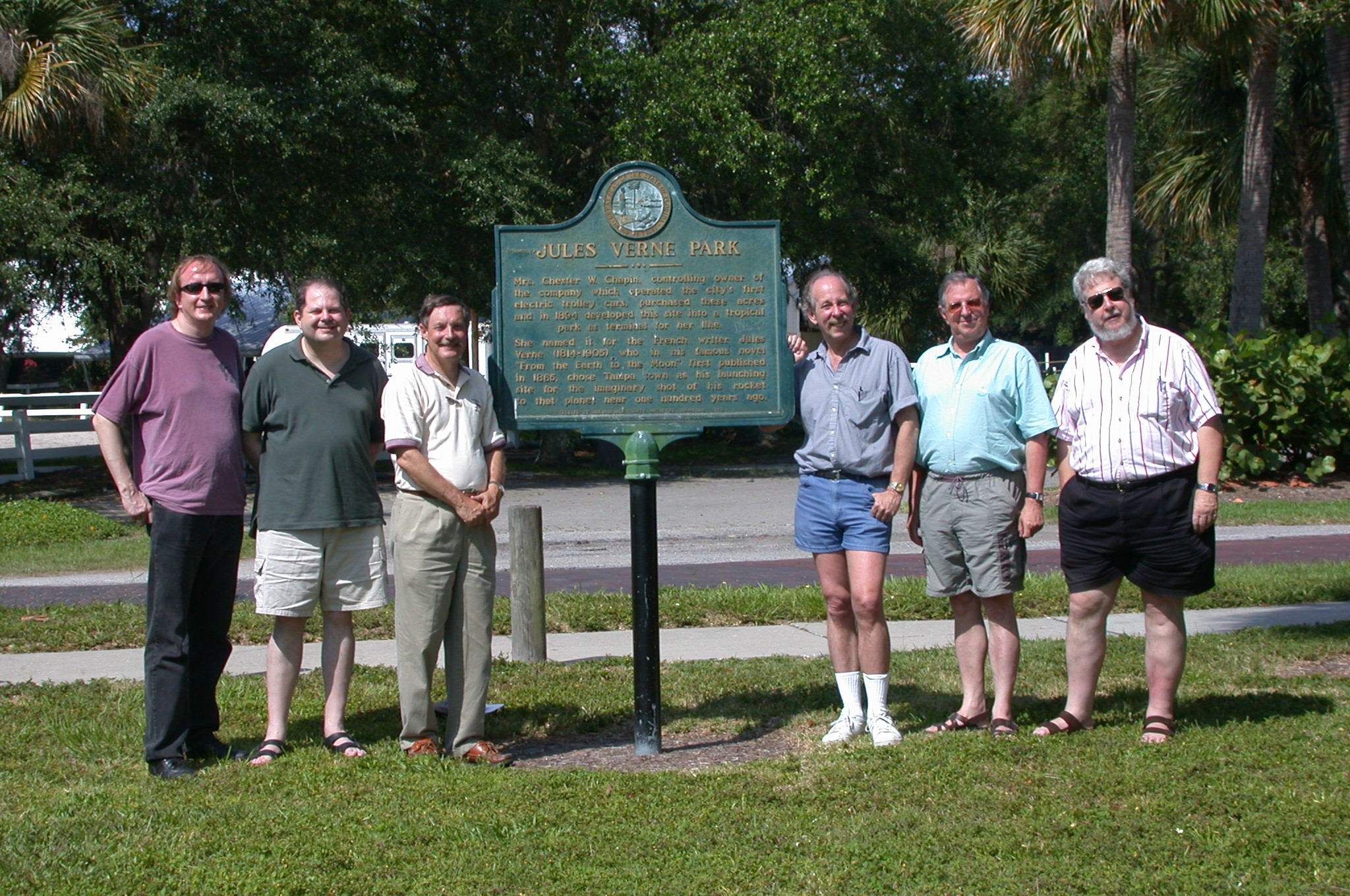 DSCN0059.jpg - Myself, Brian T., David, Rick, Michel & Jean-Michel made the trip to the park.