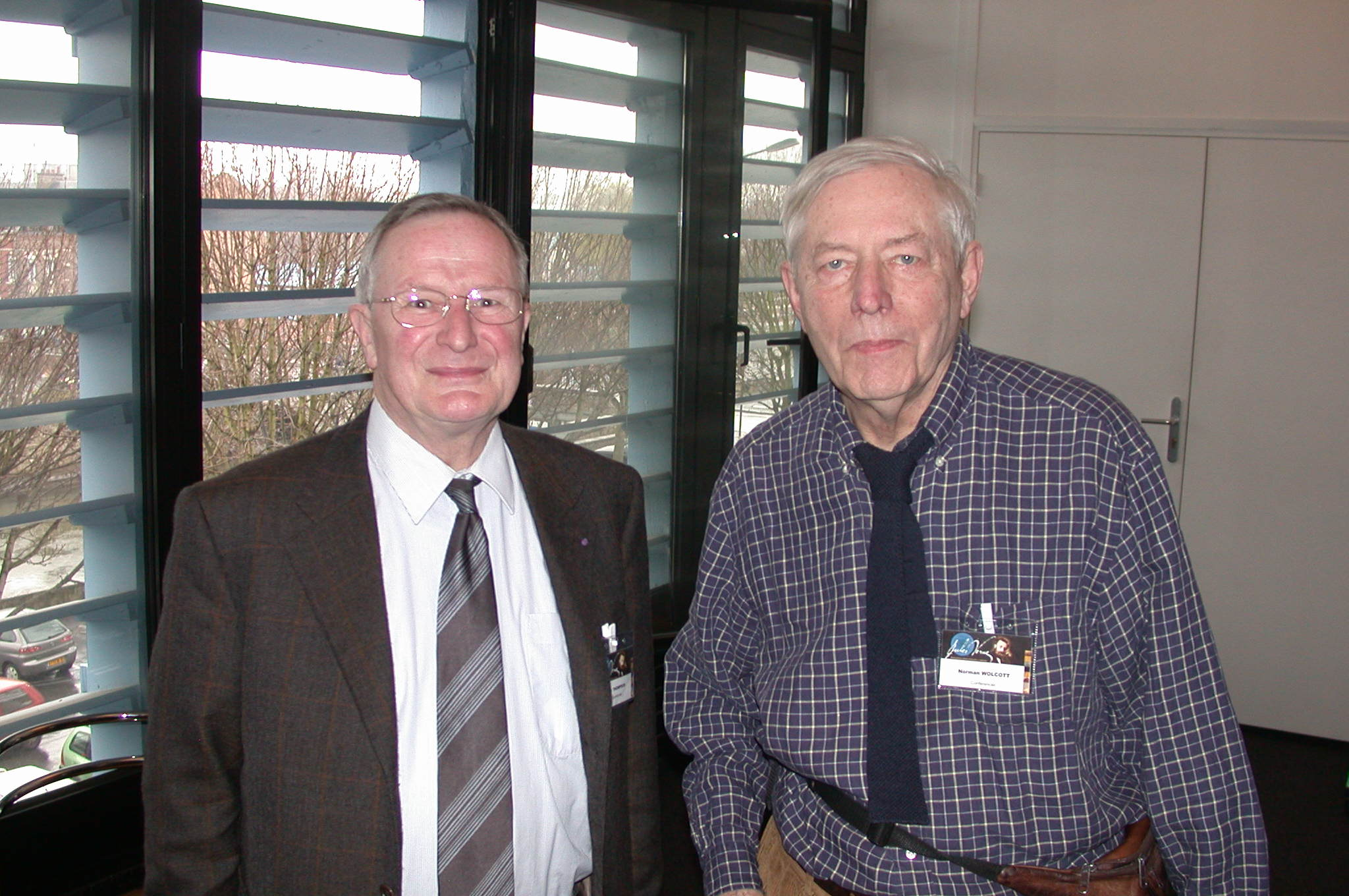 DSCN0031.jpg - ...Ian Thompson and Norm Wolcott...