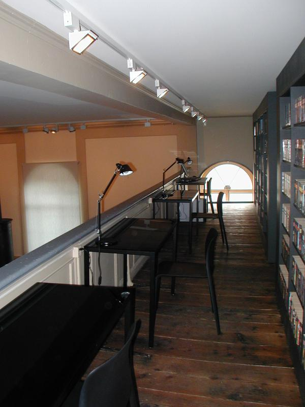 jmm0330.jpg - The gallery is reserved for scholars and researchers.